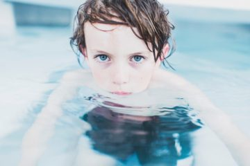kinder schwimmen