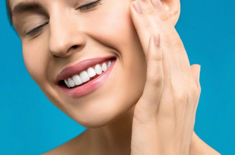 Zahnreinigung weisse Zaehne