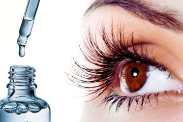 Wimpernserum und ein Auge
